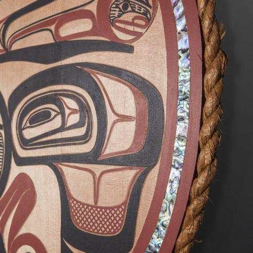 Raven and Eagle Crest Panel David Boxley tsimshian Cedar, paint, abalone, cedar rope, feathers 31. diameter 6500 panel northwest coast native art